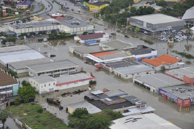 Extreme wateroverlast op Curaçao
