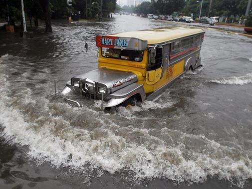 Nog een beeld van de extreme waterhoeveelheid in Manila